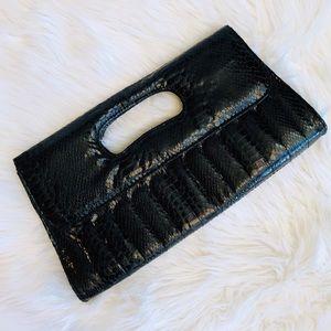 Handbags - Crocodile clutch 🖤